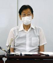 結果について説明する検証部会長の津崎哲郎児童虐待防止協会理事長=26日午後、大阪市