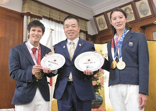 滋賀 県民栄誉賞、競泳2選手が受賞 五輪2冠・大橋、パラ金銀・木村