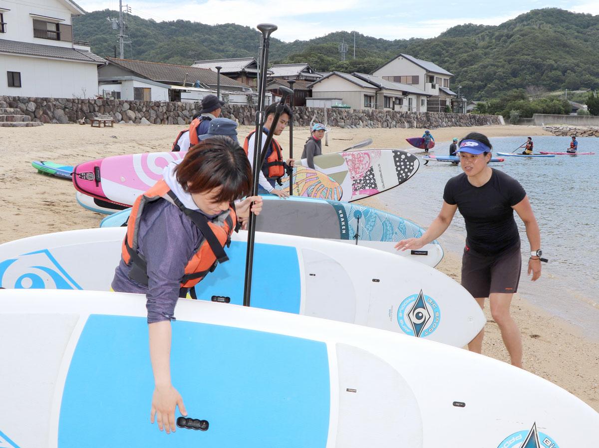 元競泳五輪メダリスト・源さん(徳島)SUP指導 小豆島