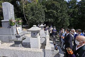 大相撲の元横綱玉の海の故郷、愛知県蒲郡市で営まれた没後50年法要=11日午前
