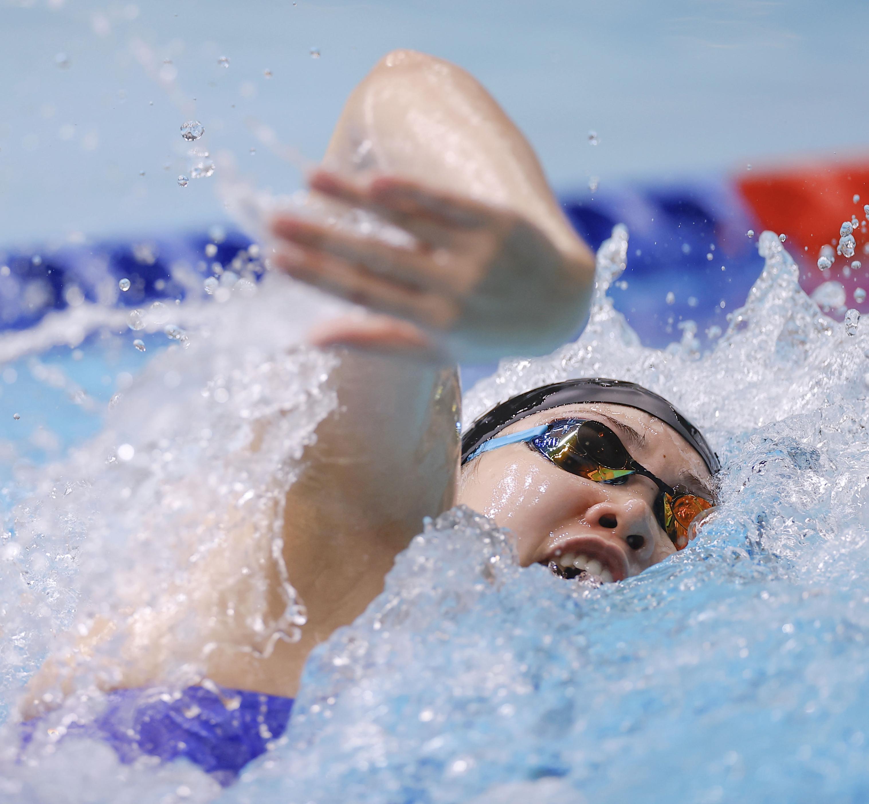 競泳女子200自由形、白井V4 女子100バタで池江は2位