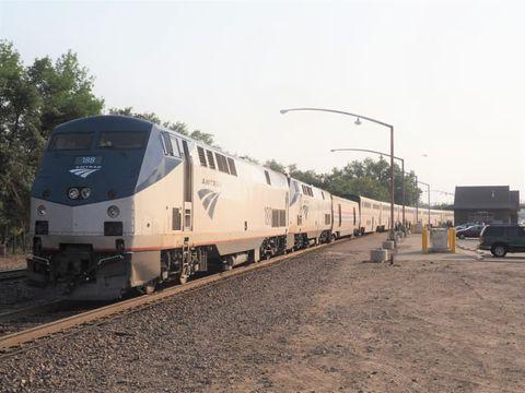 アムトラックで3人死亡の脱線事故、貨物鉄道も訴えられた理由