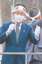 自公政権への支持を訴える竹内政調会長=徳島駅前