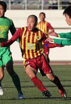 「最初で最後の選手権」に出場した高校3年時。「小嶺先生に18回目の全国優勝を」と背番号18を選んだ=2019年1月、さいたま市の浦和駒場スタジアム