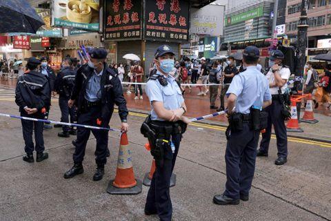 香港デモ2年、中心部で警戒態勢