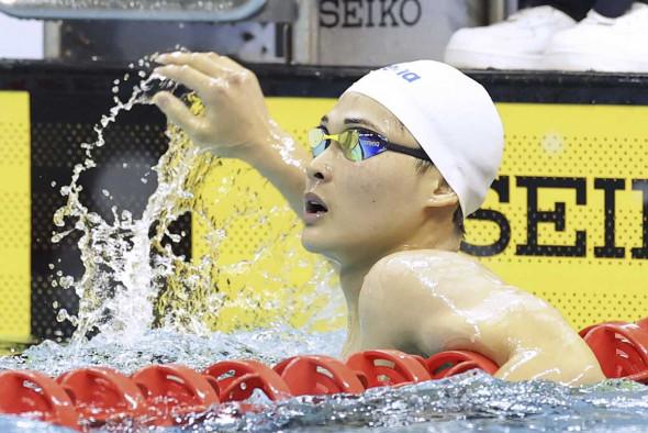 日大高・小方颯 インターハイ競泳2冠、パリ五輪で活躍期待
