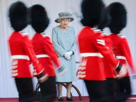 英女王の95歳誕生日祝賀