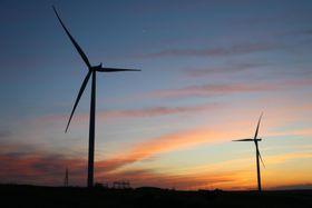 トルコの風力発電施設=14日(ゲッティ=共同)