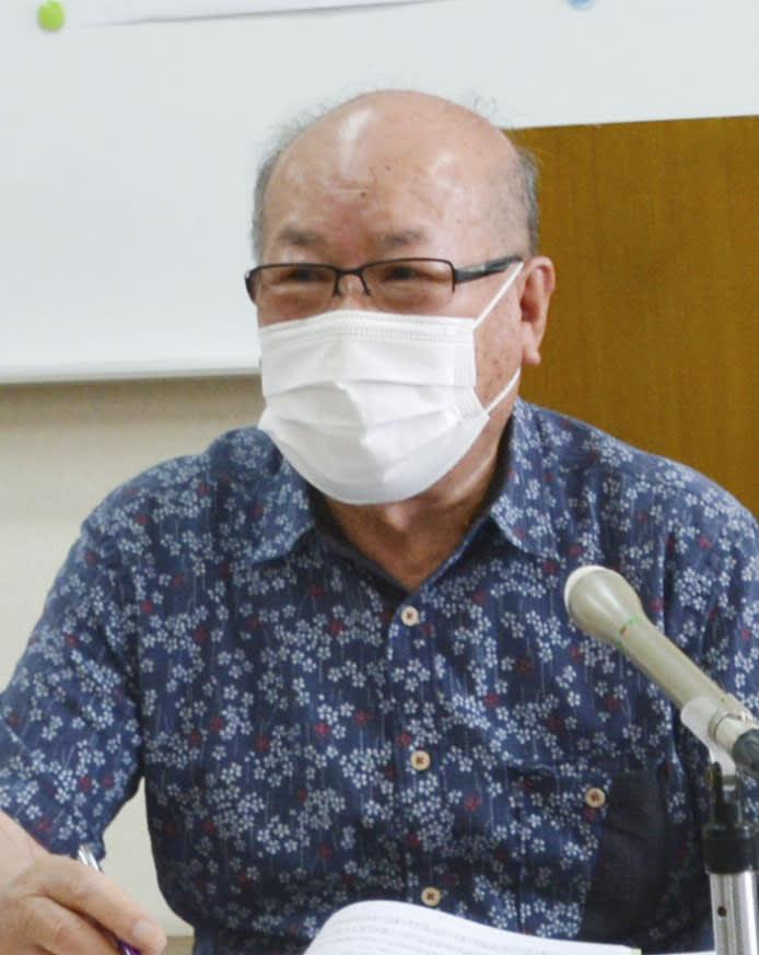記者会見する長崎原爆被災者協議会の田中重光会長=6月、長崎市