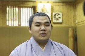 新十両昇進が決まり、オンライン会見で抱負を語る北青鵬(日本相撲協会提供)