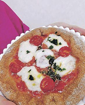 「ふすまピザ」開発 小麦の表皮使い低糖質です 高岡のイーグル