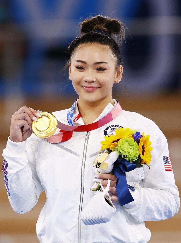 女子個人総合で金メダルを獲得したスニーサ・リー=有明体操競技場