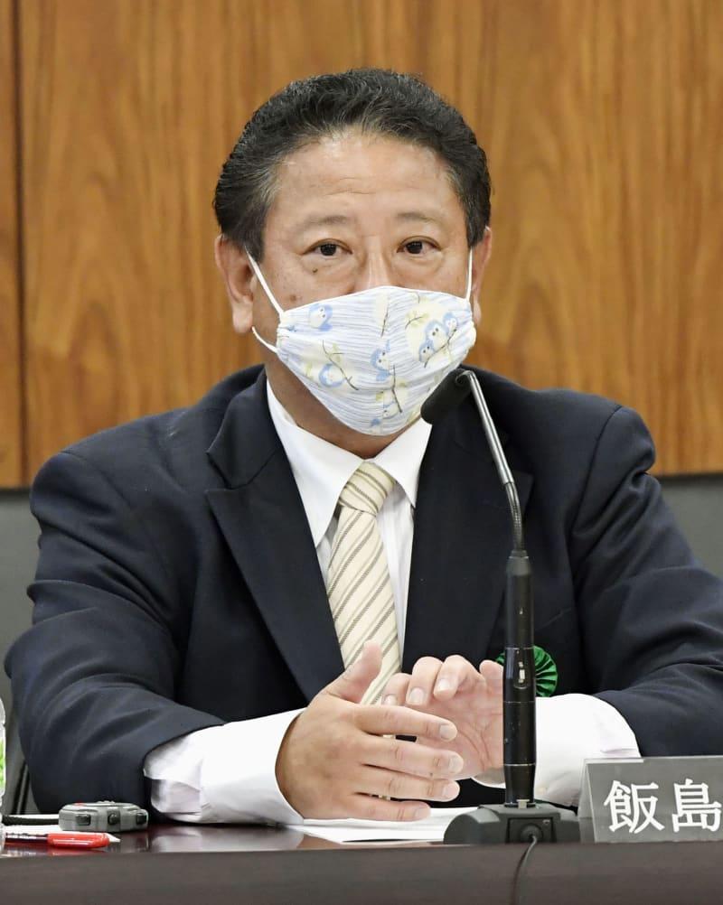 参院憲法審で参考人として意見を述べる名古屋学院大の飯島滋明教授=2日午後