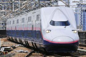 日本唯一のオール2階建て新幹線車両「E4系」(JR東日本提供)